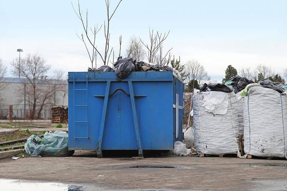 Contact Us-Mesa Dumpster Rental & Junk Removal Services-We Offer Residential and Commercial Dumpster Removal Services, Portable Toilet Services, Dumpster Rentals, Bulk Trash, Demolition Removal, Junk Hauling, Rubbish Removal, Waste Containers, Debris Removal, 20 & 30 Yard Container Rentals, and much more!
