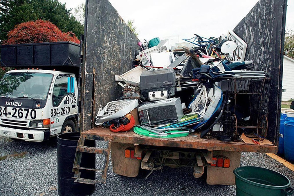 Junk Hauling-Mesa Dumpster Rental & Junk Removal Services-We Offer Residential and Commercial Dumpster Removal Services, Portable Toilet Services, Dumpster Rentals, Bulk Trash, Demolition Removal, Junk Hauling, Rubbish Removal, Waste Containers, Debris Removal, 20 & 30 Yard Container Rentals, and much more!