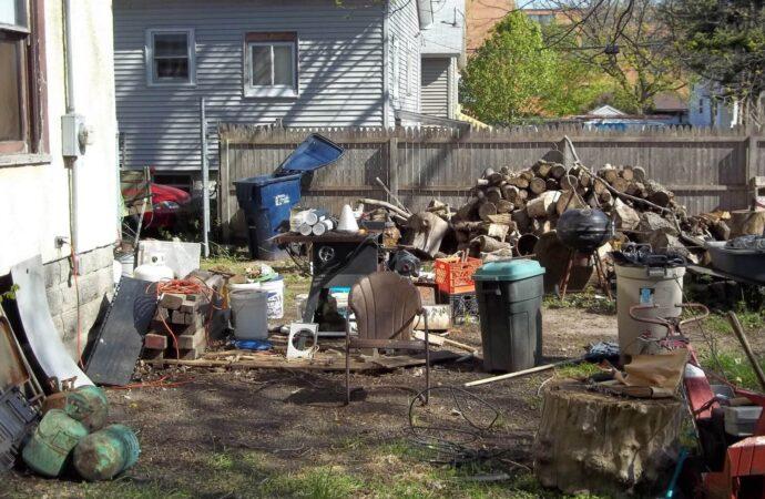 Residential Junk Removal-Mesa Dumpster Rental & Junk Removal Services-We Offer Residential and Commercial Dumpster Removal Services, Portable Toilet Services, Dumpster Rentals, Bulk Trash, Demolition Removal, Junk Hauling, Rubbish Removal, Waste Containers, Debris Removal, 20 & 30 Yard Container Rentals, and much more!
